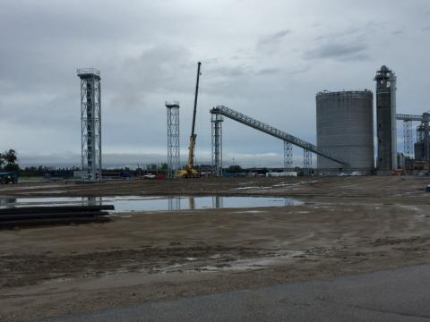 Photo of a facility and a crane that was part of a design build project for Decker Electric
