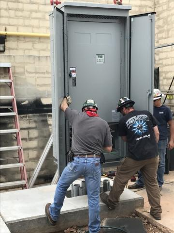 Decker Electric technicians