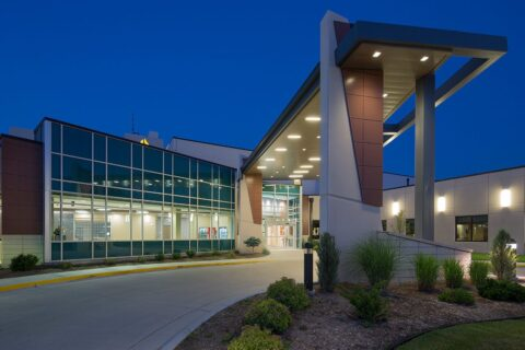 PRMC Main Entrance 480x320 - Pratt Regional Medical Center Addition and Remodel