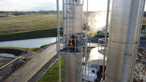 Show Me Ethanol 3 Decker Electric 480x270 - Show Me Ethanol Industrial Grade Distillation