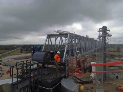 KAAPA Ethanol Plant August 2021 Guys Working 480x360 - KAAPA Ethanol Grain Pile